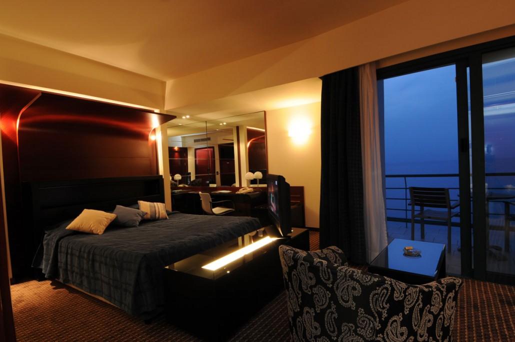 Loutraki hotel casino скачать gala casino poker