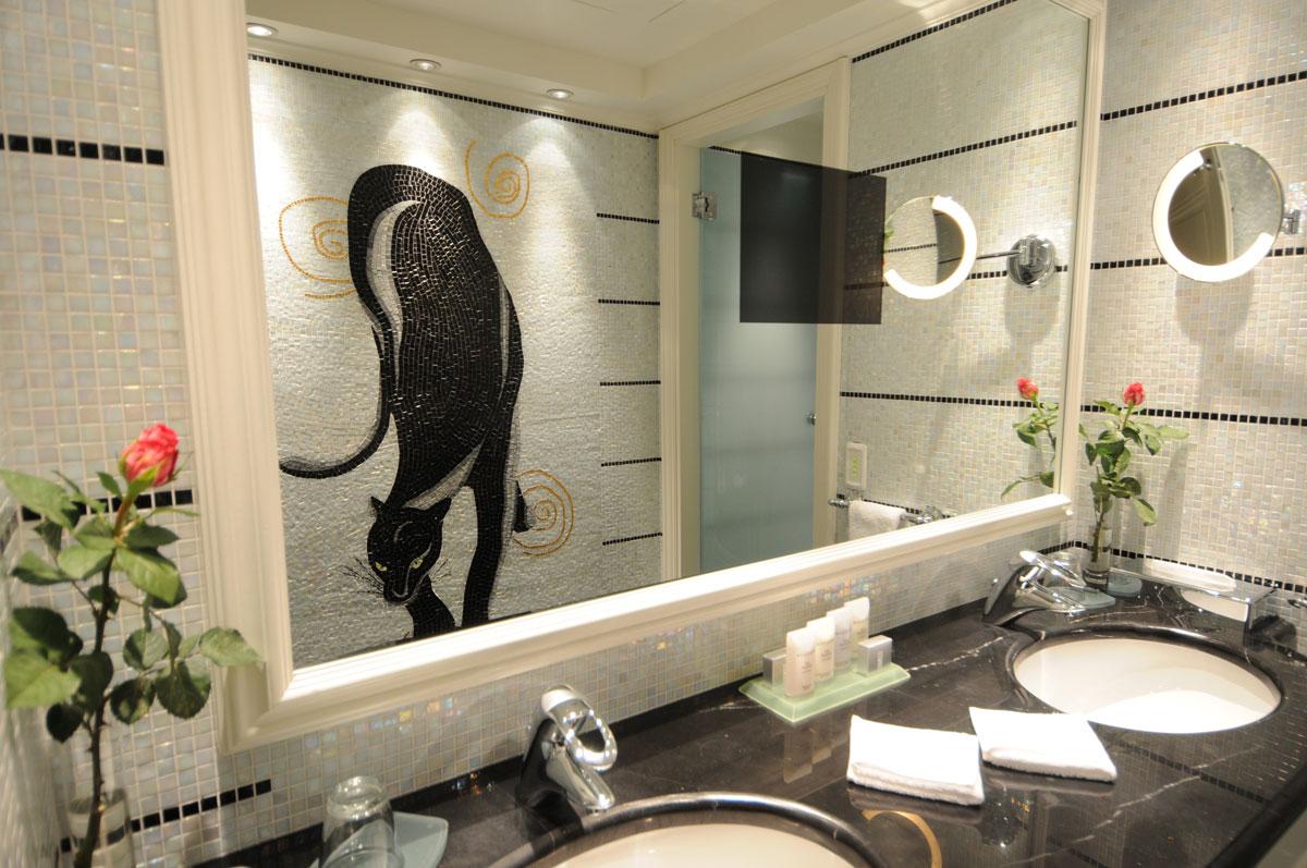 Black & White Suite, Club Hotel Loutraki
